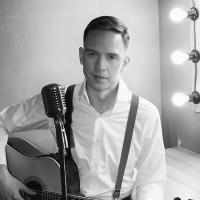 Скочигоров Роман - ведущий музыкант тамада-9